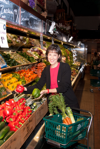 Cindy Silver shopping for fresh produce