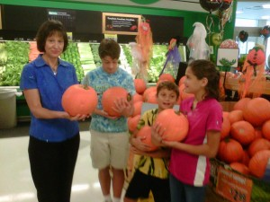 Pumpkins & kids in store